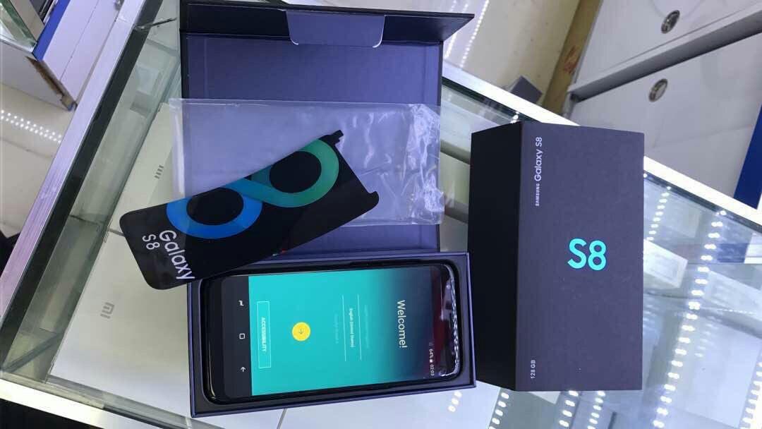 Samsung Galaxy S 8 1500000 1300000 J7 Prime 550000 J5 Prime2017 500000